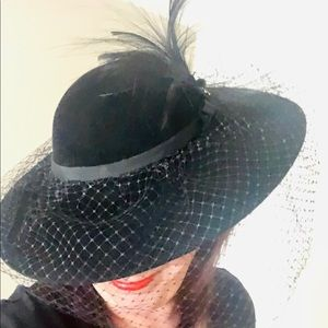 Accessories - Like New Vintage Custom Hat with Veil